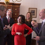veep-hugh-laurie-julia-louis-dreyfus-small